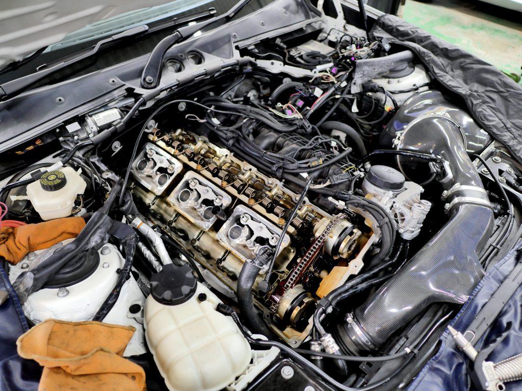 BMW F20 M135 N55 ヘッドカバー