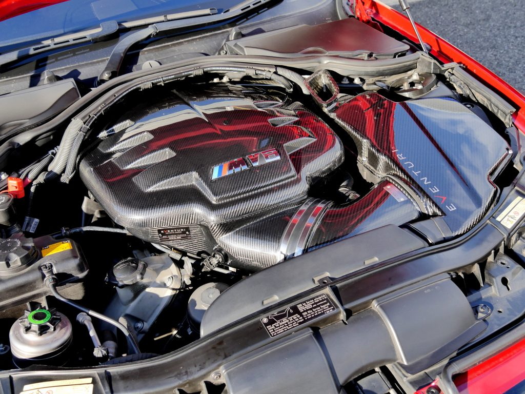 BMW E92 M3EVENTURI Carbon Induction BOX