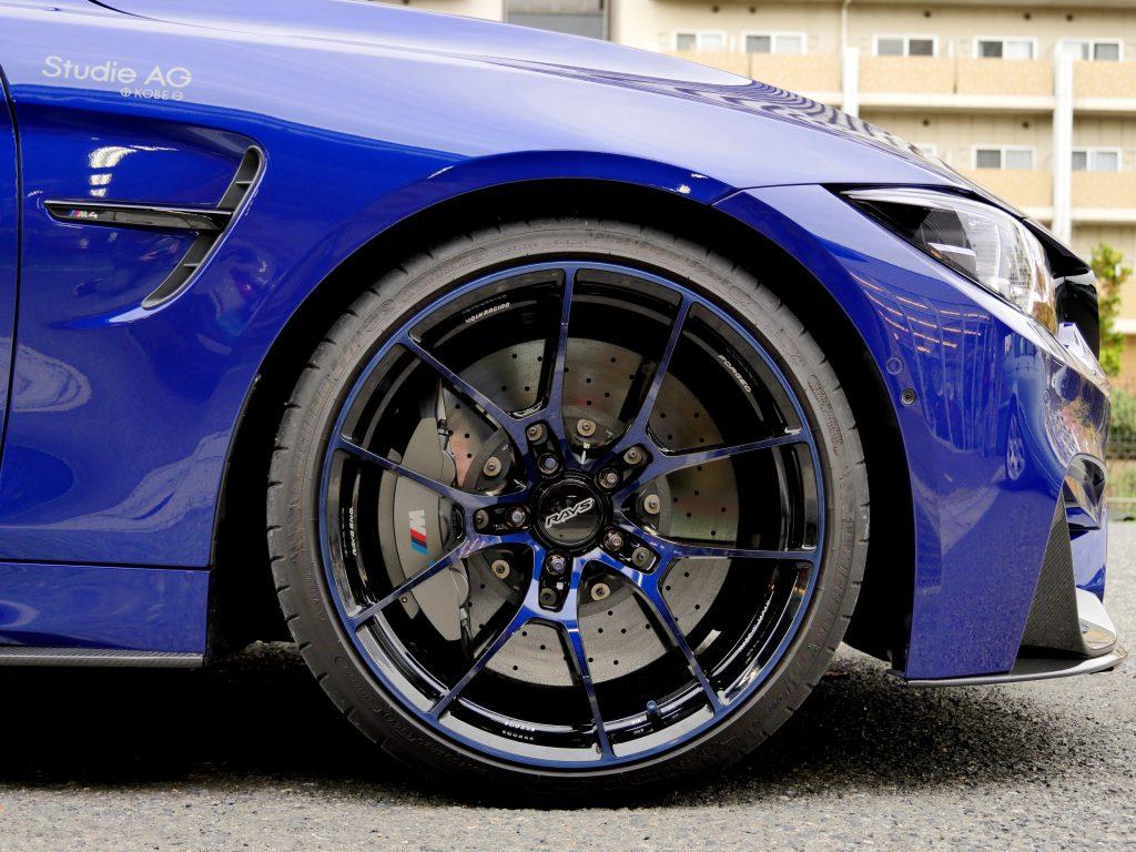 BMW F82 M4 CompetitionIndividual サンマリノブルーRAYS VOLK Racing G025DB/C Limited 20インチ
