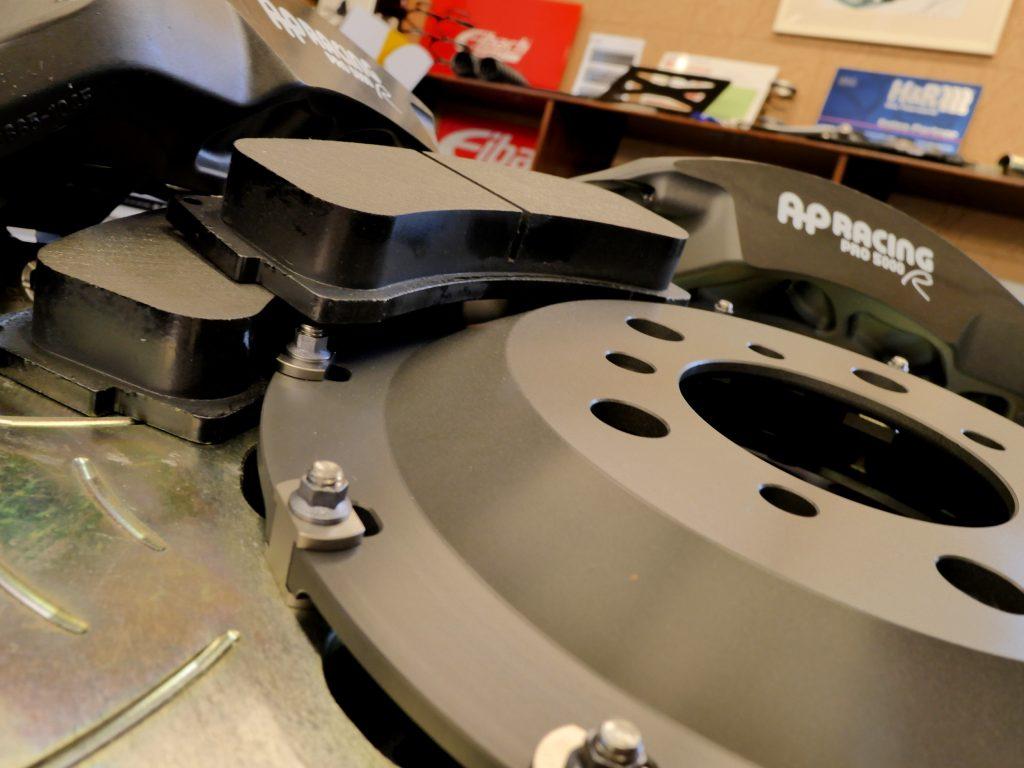AP Racing PRO5000R Brake Kit For BMW F80M3/F82M4/F87M2 Rdd HAWK DCT70