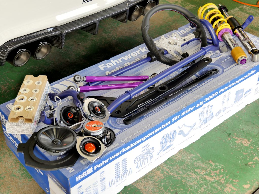 BMW F87 M2 沖縄KW H&R JBL VERSPIELTリジカラ