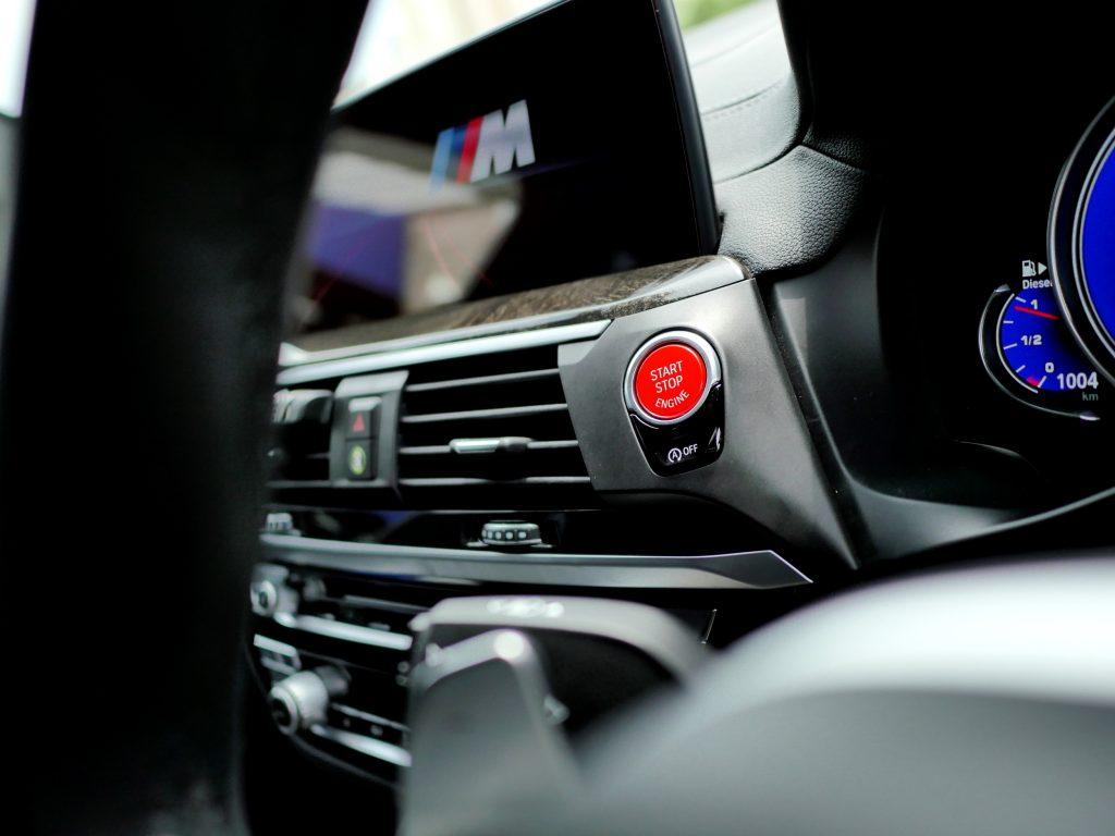 G01 X3 REDスタートボタン BMW純正