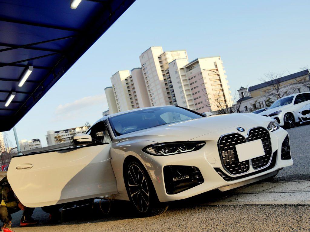 BMW G22 420i Mスポーツアルピンホワイト