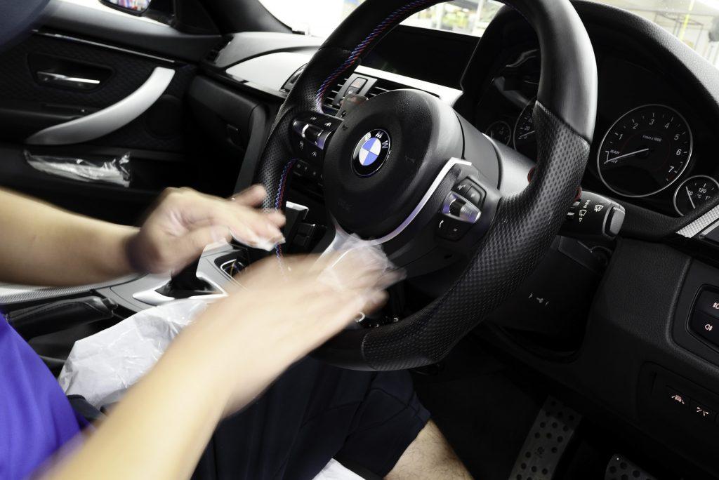 BMW ステアリング Studie AG